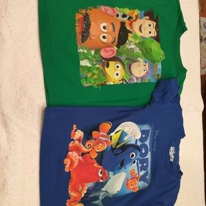 Disney 2 tee shirts Toy Story Finding Nemo size 5T